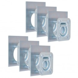 Verja negra con una puerta...