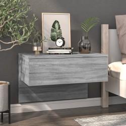 Verja negra con dos puertas...